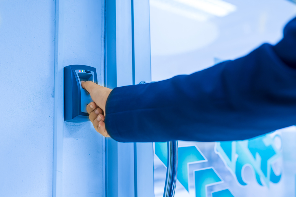 Elektro-installateur gespecialiseerd in domotica en smart-home.